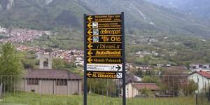 Frecce-segnaletica-pubblicam-pubblicità-valle-camonica-3